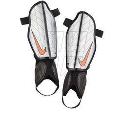 Ochraniacze piłkarskie Nike Protegga Flex M SP0313-080