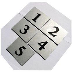 Numery grawerowane na drzwi aluminium 6x8 cm pojedyncze