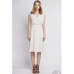 Beżowa Sukienka z Kopertowym Dekoltem