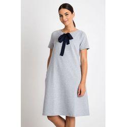 a563c2a6ead5 suknie sukienki czarna prosta dopasowana sukienka bez rekawow (od ...