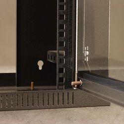 """Szafa NetRack wisząca 19"""", 4.5U/400 mm grafit, drzwi przeszklone (019-045-400-012) Szybka dostawa! Darmowy odbiór w 19 miastach! Szybka dostawa!"""