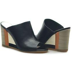 Sandały Ryłko 9HGB9K_DH6F Czarne lico