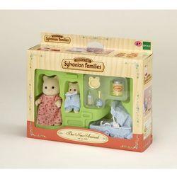 Sylvanian Families, noworodek z mamą i wyprawką, zestaw z figurkami Darmowa dostawa do sklepów SMYK