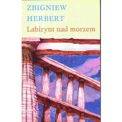 LABIRYNT NAD MORZEM (opr. miękka)