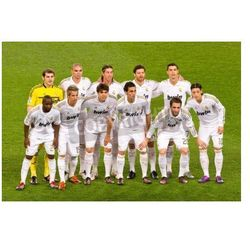 Fototapeta BARCELONA - JANUARY 25: Real Madrid players lineup before the Spanish Cup match between FC Barcelona and Real